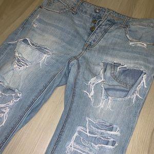 Women's AE distressed boyfriend jeans